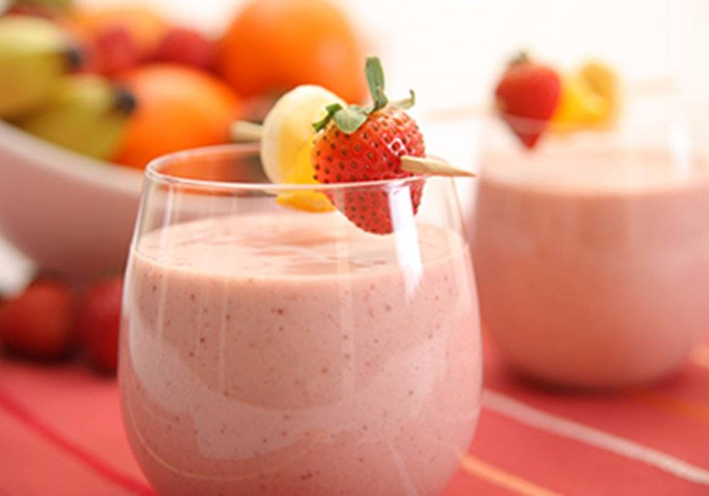 Fruit-Cocktail Shake