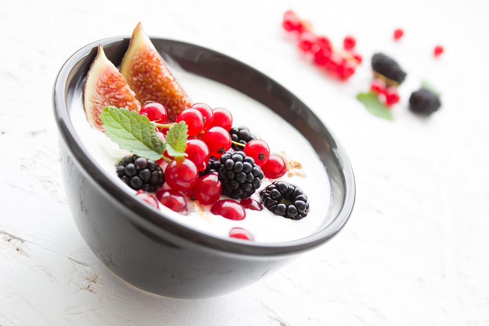 Fruit With Yogurt